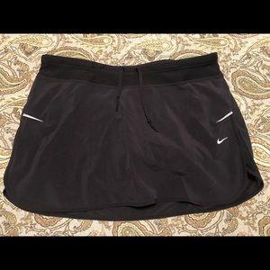 Nike Running Skort - Medium